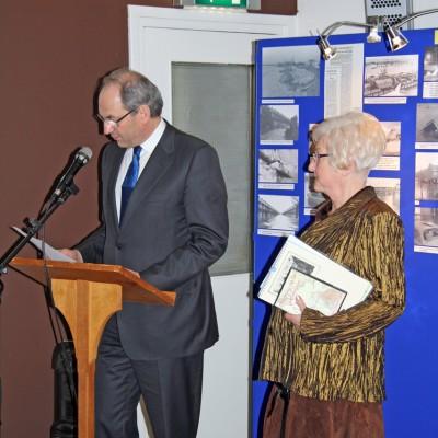 Opening tentoonstelling door de Burgemeester