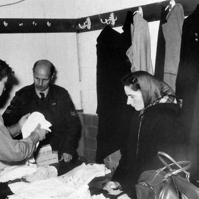 Uitgifte hulpgoederen vanuit een kleedkamer