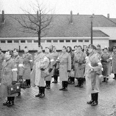 De Hulptroepen arriveren