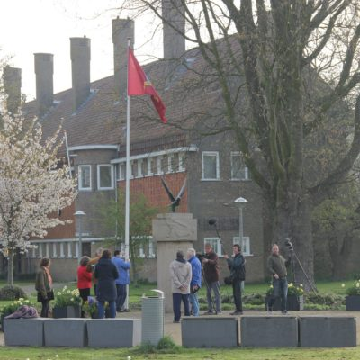 Onthulling bij Monument